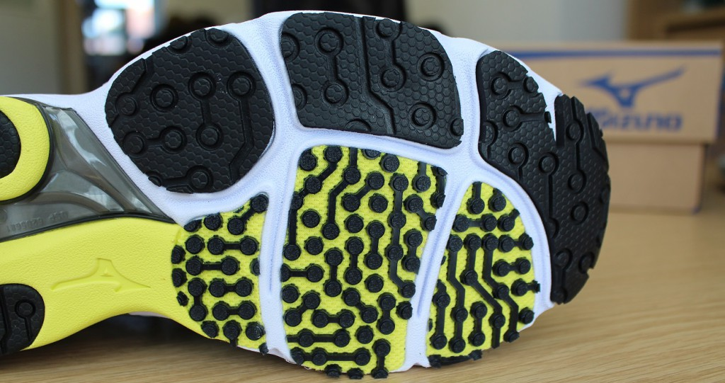 The Sayonara Outsole offers grip as well as fantastic feel and durability.